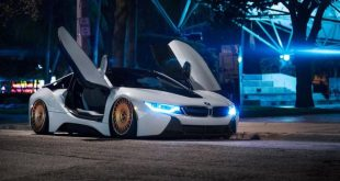 0jd i8pizzav2 night 09 2 b68d4a0 1 310x165 BMW i8 mit Accuair & bronzefarbenen Rotiform Alufelgen