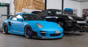 11233534 876464039094914 3098119793466820939 o 310x165 Porsche 911 Turbo mit Liberty Walk Bodykit