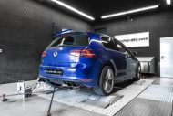 12030538 10153502724496236 3914531149728064356 o 190x127 VW Golf 7 R 2.0 TSI mit 392PS & 472NM by Mcchip DKR