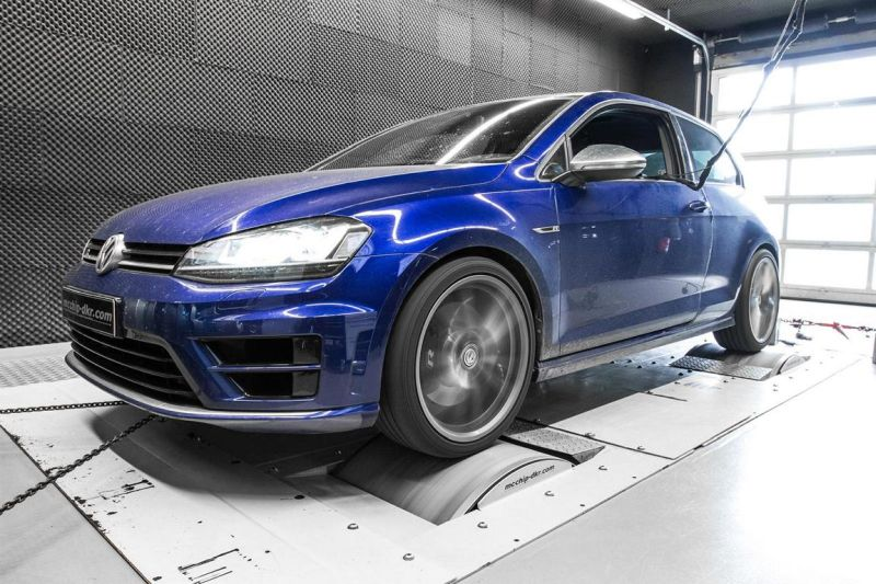 12038791 10153502724236236 3002439868428818976 o VW Golf 7 R 2.0 TSI mit 392PS & 472NM by Mcchip DKR