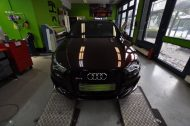 12052531 1042179109149471 7214485834195101948 o 190x126 Black Rose Folierung am Audi RS3 by Print Tech