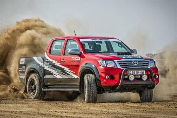 455-horsepower-toyota-hilux-is-1