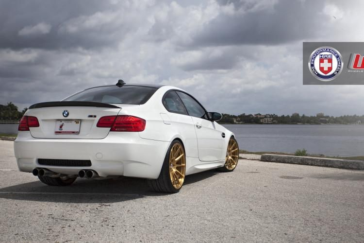 Alpine White BMW E90 M3 on HRE P43SC Wheels 4 1 Wheels Boutique BMW E92 M3 auf HRE P43SC Felgen