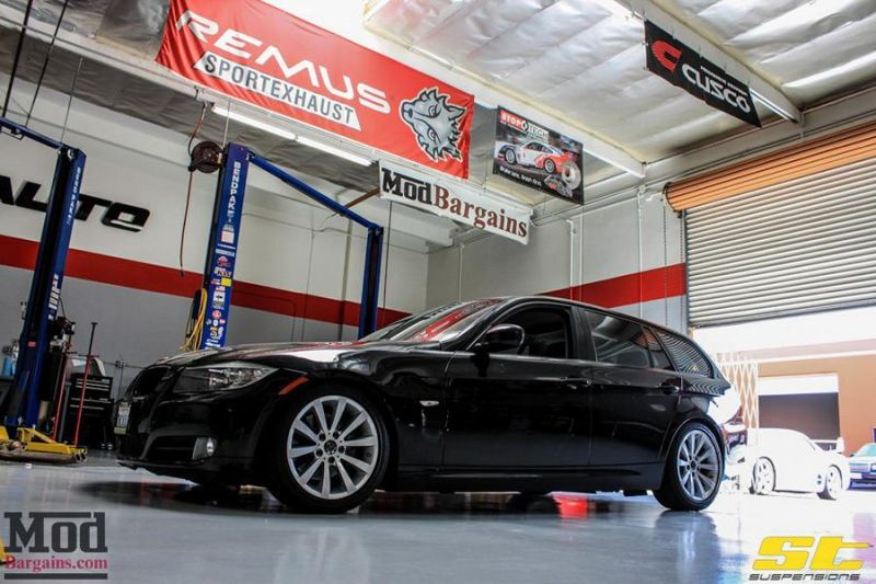 BMW_E91-_328i_Touring_ST_Coilovers-4
