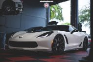 Chevrolet Corvette Z06 on HRE P101 By HRE Wheels 02 190x127 21 Zoll HRE P101 Alu's auf der Chevrolet Corvette Z06