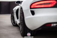 Dodge Viper SRT On HRE P106 By HRE Wheels 011 190x127 HRE Performance Wheels P106 an der Dodge Viper SRT