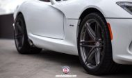 Dodge Viper SRT On HRE P106 By HRE Wheels 012 190x113 HRE Performance Wheels P106 an der Dodge Viper SRT