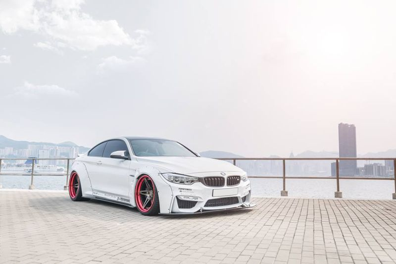 Liberty-Walk-BMW-M4-RD-6-3