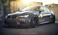 bmw m3 libtery walk lb performance title 4 190x115 BMW E92 M3 mit Liberty Walk Bodykit & Rotiform's