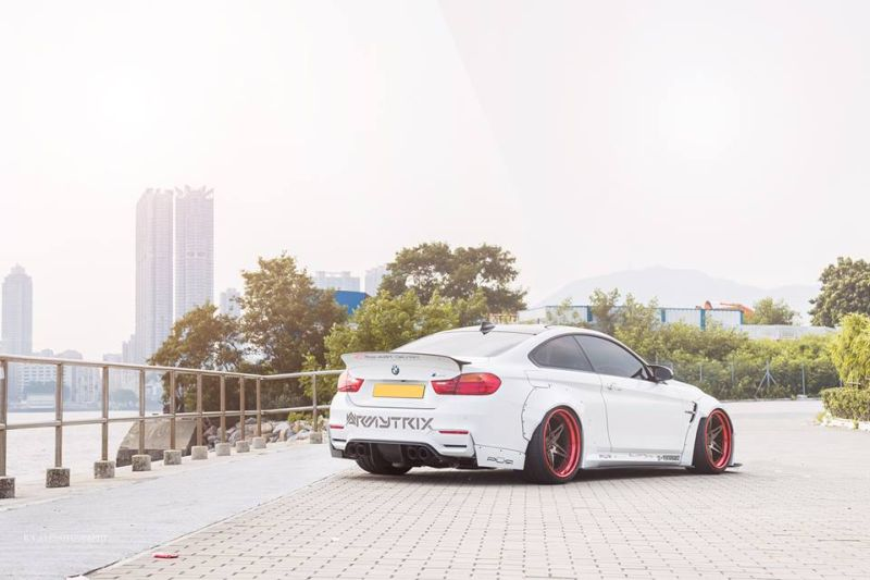 bmw-m4-liberty-walk-tuning-reinart-12