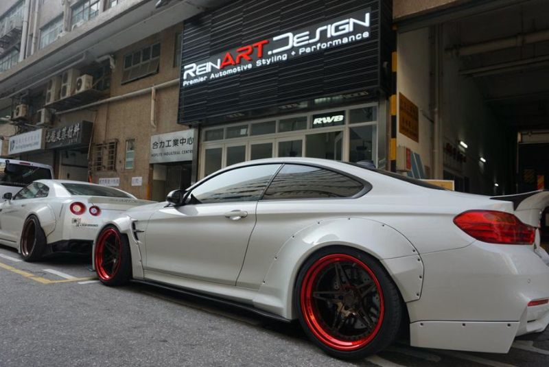 bmw-m4-liberty-walk-tuning-reinart-7