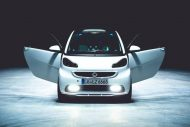smart fortwo gets the stretch treatment becomes 7 190x127 Video: Giant Smart! Smart Fortwo as a stretch limousine