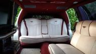 this lincoln stretch limo is not a bentley 2 190x107 Lincoln Stretch Limo mit Bentley Optik Umbau