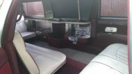 this lincoln stretch limo is not a bentley 4 190x107 Lincoln Stretch Limo mit Bentley Optik Umbau