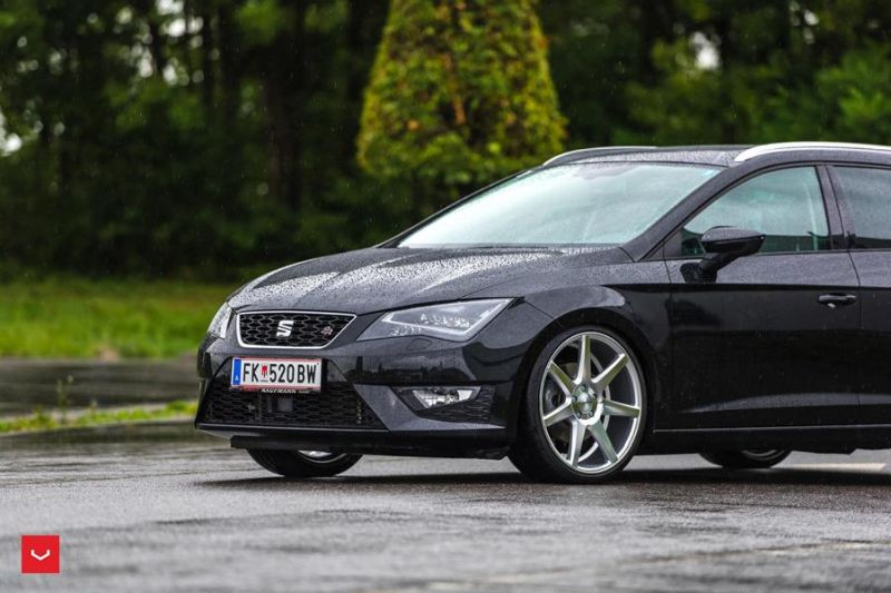 seat leon st fr mit vossen wheels cv7 alufelgen. Black Bedroom Furniture Sets. Home Design Ideas