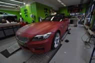 12032682 1047829391917776 1414519498411347861 o 190x126 Mattroter BMW Z4 3.5 Si by Print Tech Premium Wrapping