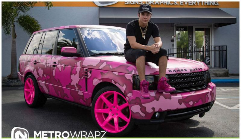 Range Rover Austin >> Pink Camouflage Foiling The Range Rover Austin Mahone