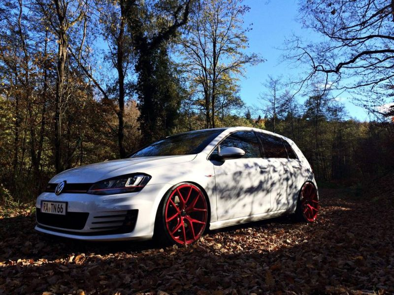 vw golf vii gti mit z performance wheels gepfeffert. Black Bedroom Furniture Sets. Home Design Ideas