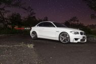 Alpine White BMW 1M Gets Aftermarket Wheels 4 190x127 20 Zoll ADV.1 Wheels Typ ADV5 MV.2 am BMW 1M Coupe