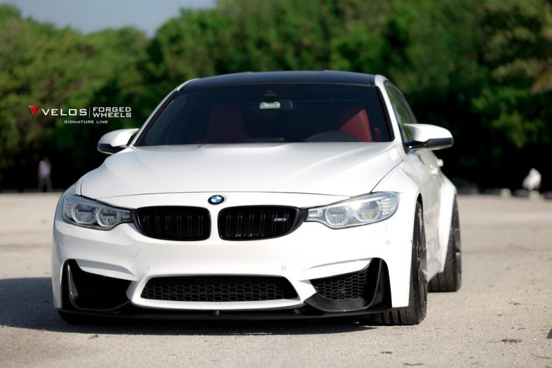 Alpine White BMW M3 With Aftermarket Aero And Wheles Installed 3 21 Zoll Velos Designwerks XX Felgen am BMW X5 F85 SUV
