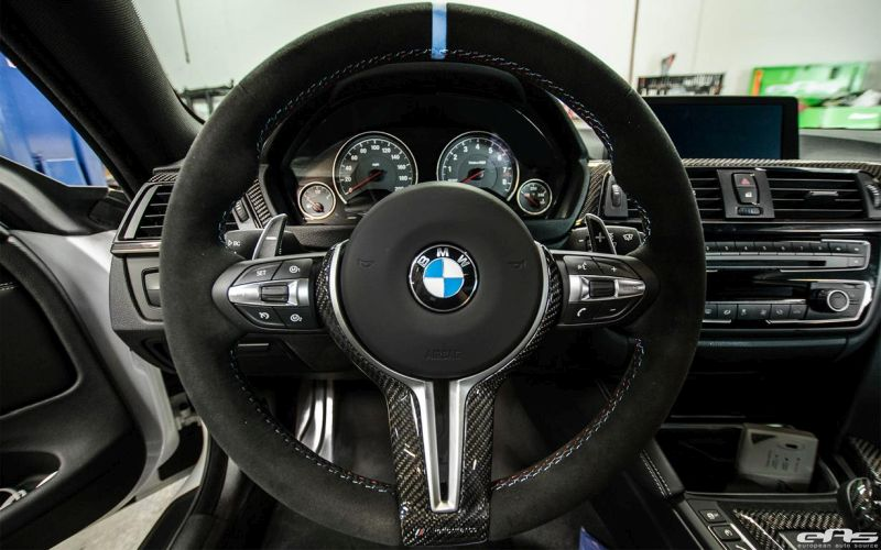 Alpine-White-BMW-M4-Gets-Modded-At-European-Auto-Source-4