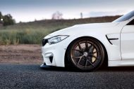 Alpine White BMW M4 with HRE S101 Wheels in Satin Bronze 2 190x127 HRE Performance Wheels S101 am BMW M4 F82
