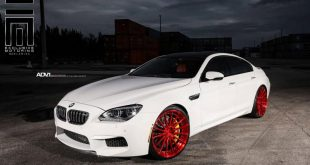 Alpine White BMW M6 Gran Coupe Gets Red Wheels 3 310x165 Candyrote 22 Zoll ADV.1 Wheels am BMW M6 Gran Coupe