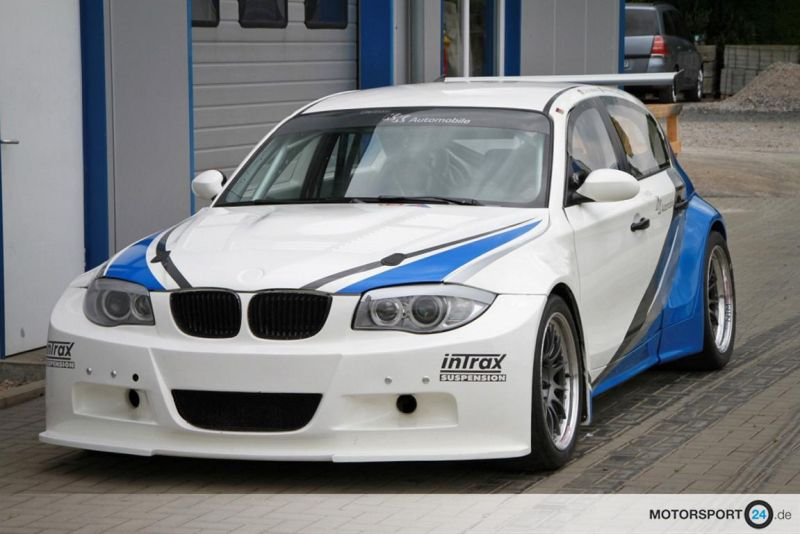 for sale bmw 1er e87 gtr with 420ps s54 v8 tuningblog. Black Bedroom Furniture Sets. Home Design Ideas