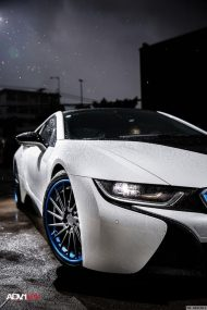 BMW i8 With Aftermarket Custom Forged Wheels Installed 4 190x285 20 Zoll ADV15R Track Spec Felgen in Blau am BMW i8