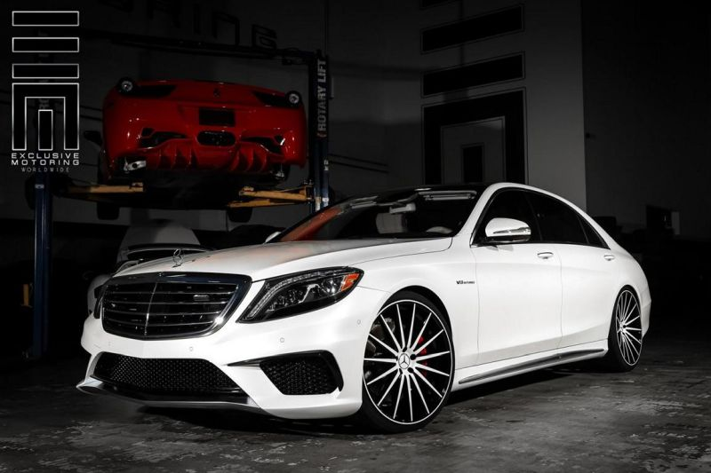 Exclusive Motoring Mercedes Benz S Class on Vossen Wheels 1 Mercedes Benz S Klasse auf 22 Zoll Vossen Wheels
