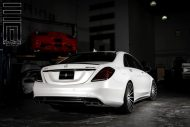 Exclusive Motoring Mercedes Benz S Class on Vossen Wheels 8 190x127 Mercedes Benz S Klasse auf 22 Zoll Vossen Wheels