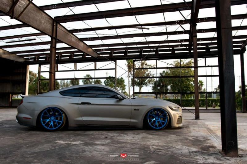 Ford-Mustang-Vossen-Forged-VPS-306-©-Vossen-Wheels-2015-1001_-5
