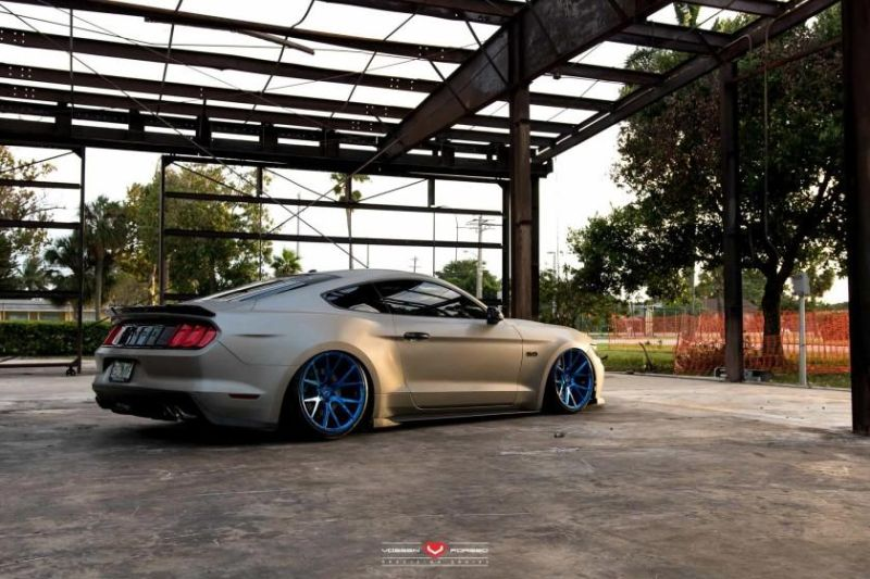 Ford-Mustang-Vossen-Forged-VPS-306-©-Vossen-Wheels-2015-1001_-6