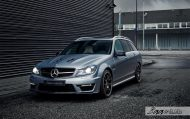 Mercedes C63 AMG Estate carbon BBS Akrapovic exhaust 7 190x119 Mercedes Benz C63 AMG T mit BBS CH R & Carbon Bodykit