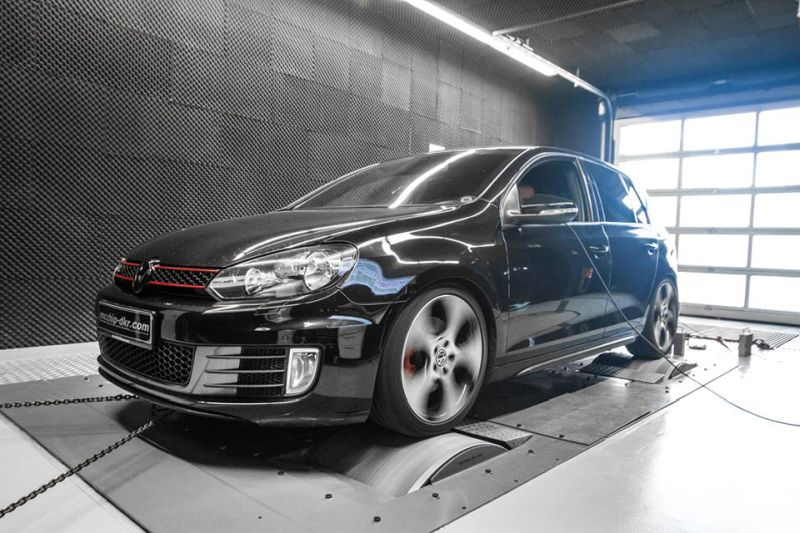 VW Golf 6 GTI 2.0 TSI Chiptuning Mcchip-DKR Downpipe (11)