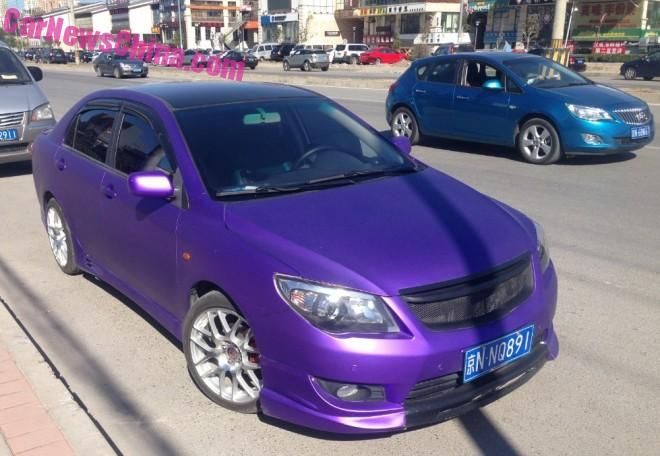 corolla purple china 1 660x456 tuning 1 Fotostory: Mattlilane Vollfolierung am Toyota Corolla