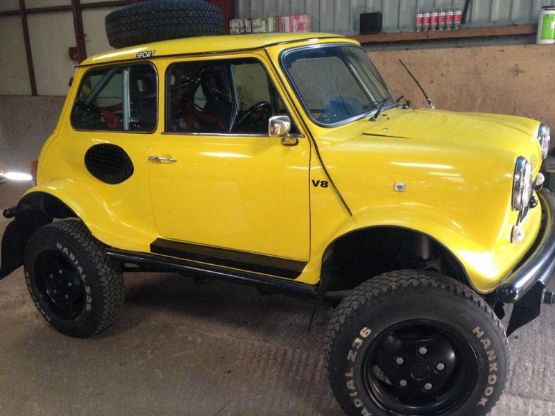 mini body with extreme offroading vehicle 5 Brutal: V8 Motor  > Range Rover Chassis und ein Mini!