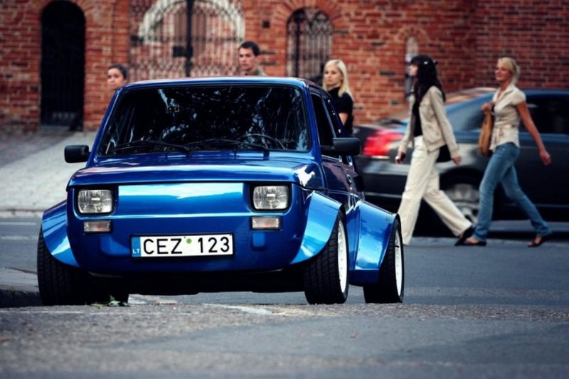 fiat 126 yamaha r1 with Mehr Breit Als Lang Fiat 126p Mit Extrem Widebody Kit 70832 on Watch as well Sinting Nih Fiat 126 Bermesin Superbike Ikut Rally Time Trial Idenya Oke Juga also 141563 further Viewtopic further MXB MN4TCls.