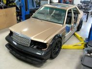 11722184 10155808687765511 6683995350462663139 o 190x143 Frankenstein Mercedes Benz W204   E190 by Piper Motorsport