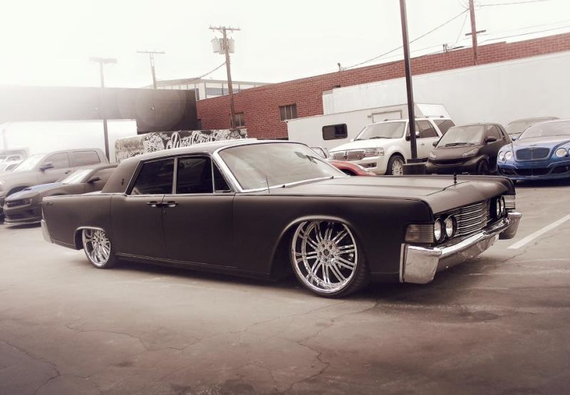Reportage photo: 1965 Lincoln Continental de Justin Bieber
