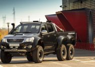 6x6 vromos hilux toyota 2 190x135 Video: Vromos Tuning   Toyota Hilux 6x6