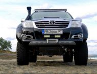6x6 vromos hilux toyota 6 190x146 Video: Vromos Tuning   Toyota Hilux 6x6