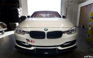 Alpine White BMW F30 Gets An Interesting Aero Package 8 190x119 APR Racing Parts am BMW F30 3er von EAS Tuning