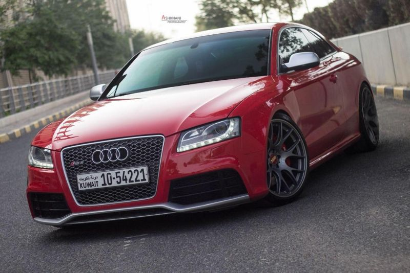 Audi-RS5-BBS-CH-R-wheels-red-gold-centercaps-Michelin-PSS-4