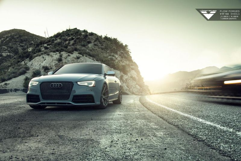 Audi RS5 fitted with Flow Forged V FF 103 Wheels 2 Kopie Vorsteiner V FF 103 Alu's am tiefen Audi RS5 Coupe
