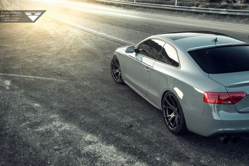 Audi-RS5-fitted-with-Flow-Forged-V-FF-103-Wheels-4 - Kopie