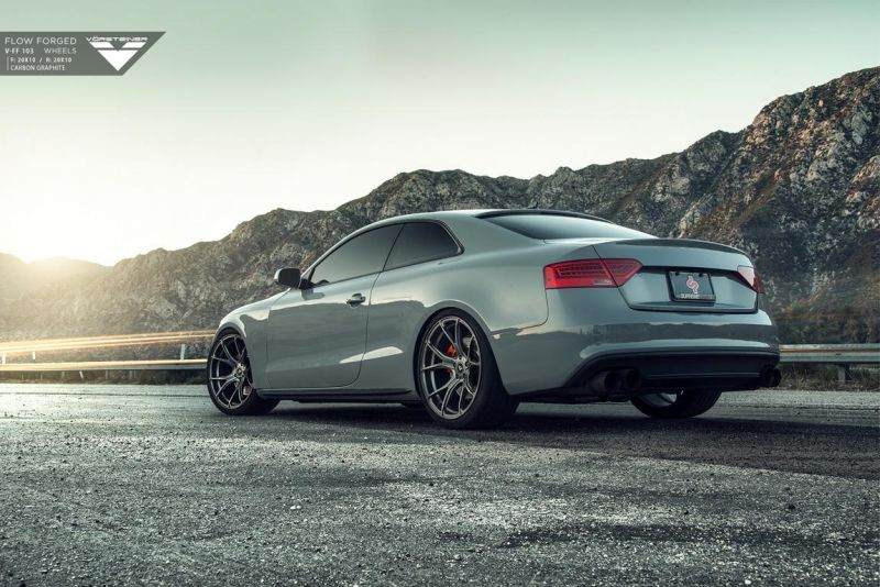 Audi-RS5-fitted-with-Flow-Forged-V-FF-103-Wheels-5 - Kopie