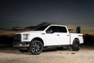 Exclusive Motoring Ford F150 On 20 Fuel Offroad Wheels 02 190x127 Exclusive Motoring Ford F150 auf 20 Zoll Offroad Alu's