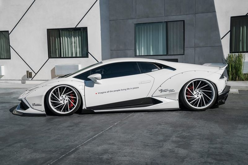Liberty-Walk-Huracan-rdbla-tunig-2