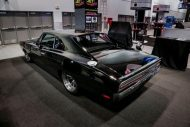 carbon fiber 1970 dodge charger with debut at sema 2015 1 7 190x127 Carbon Monster   1970er Dodge Charger Partnerprojekt